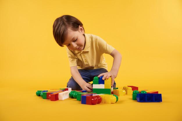 انسانگرایی اسباب بازی بازی بین